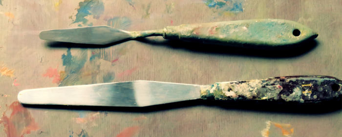 Painting knife compared to palette knife
